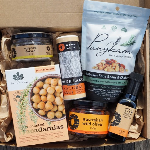 THE FOODIE HAMPER